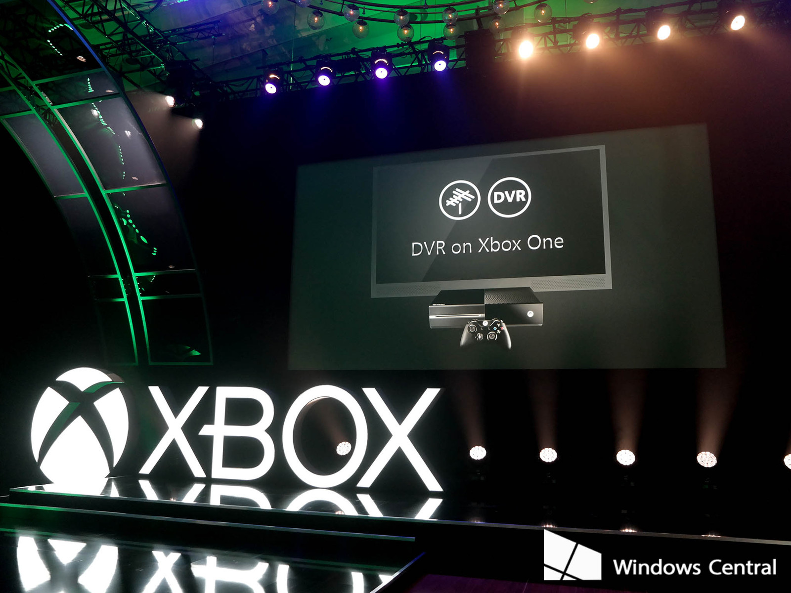 Microsoft Not Adding DVR Feature to Xbox One - Focusing on More Gaming Features